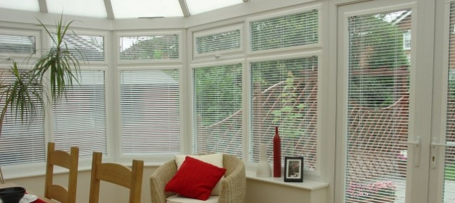 how to clean painted wooden venetian blinds
